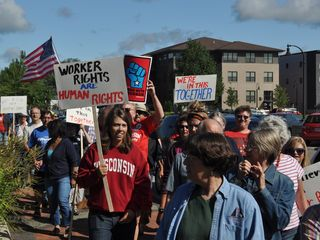 Eau Claire Labor Day 2011 - 2 - Solidarity Walk
