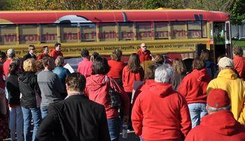 Redschoolbuslive